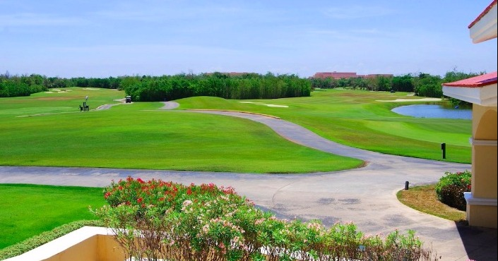 Moon Spa & Golf Club Green Fee