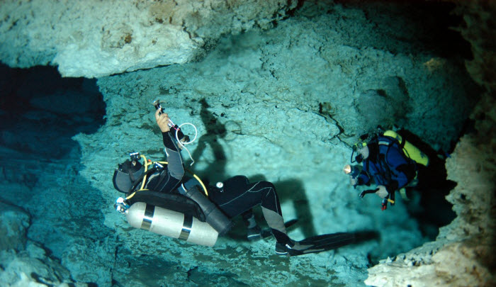 Cancun Cenote Scuba Diving