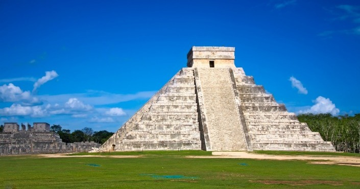 Private Tour to Chichen Itza with Discovery Mundo