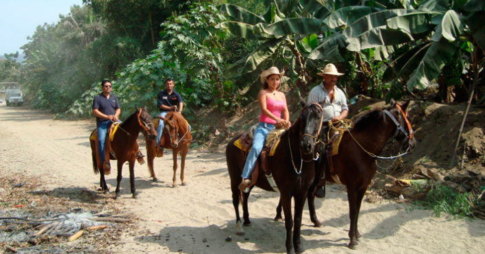 Manzanillo Horseback Riding