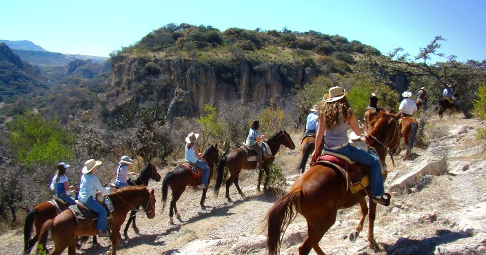 Weeklong Horseback Riding Adventure