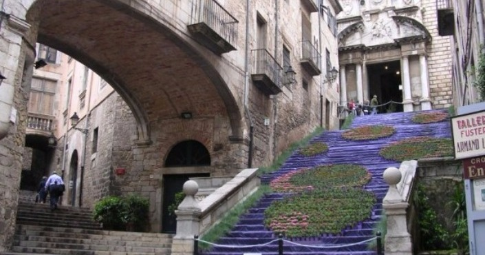 Private Tour in Girona & Dali Museum