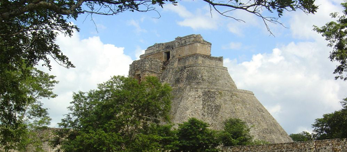 Tour Uxmal & Kabah and Eco Museo del Cacao in Mérida